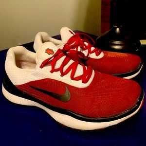 Arkansas Razorback Nike Sneakers